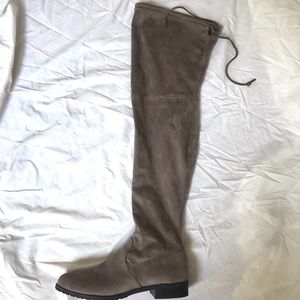 🖤UNISA TAUPE SUEDE KNEE HIGH BOOTS